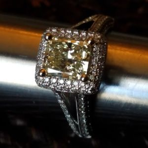 AGI Jewelry - SOLD@!18kt Radia. Appr. 1.65 Fancy Yellow Dia. Rin